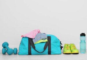 gym bag essentials to always keep in women gym Bag